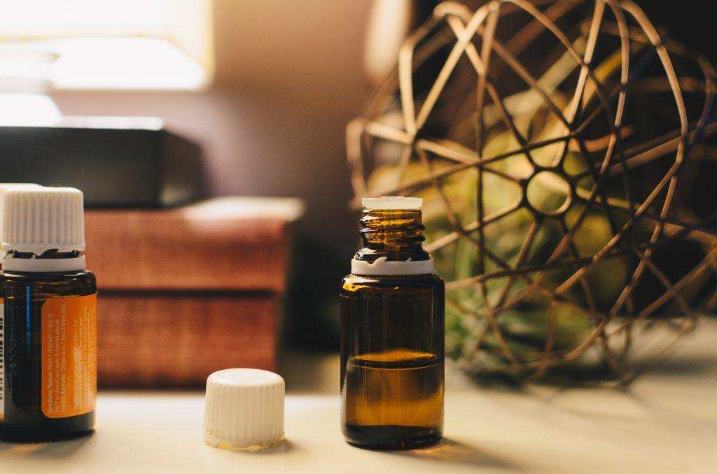 Les huiles essentielles pour faire un nettoyage énergétique